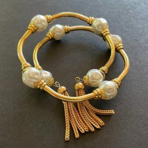 MEMORY WIRE WRAP BRACELET - gold tone, pearl beads